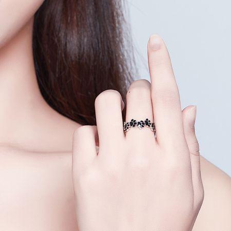 Zilveren ring pootje